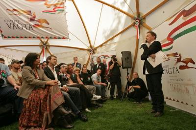 Nyeregbe Magyarország! Nemzeti Vágta 2009-ben is!